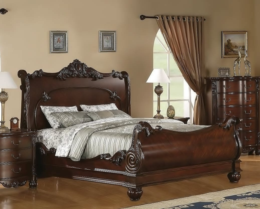 Roundhill Furniture Saillans Solid Wood Construction Bed
