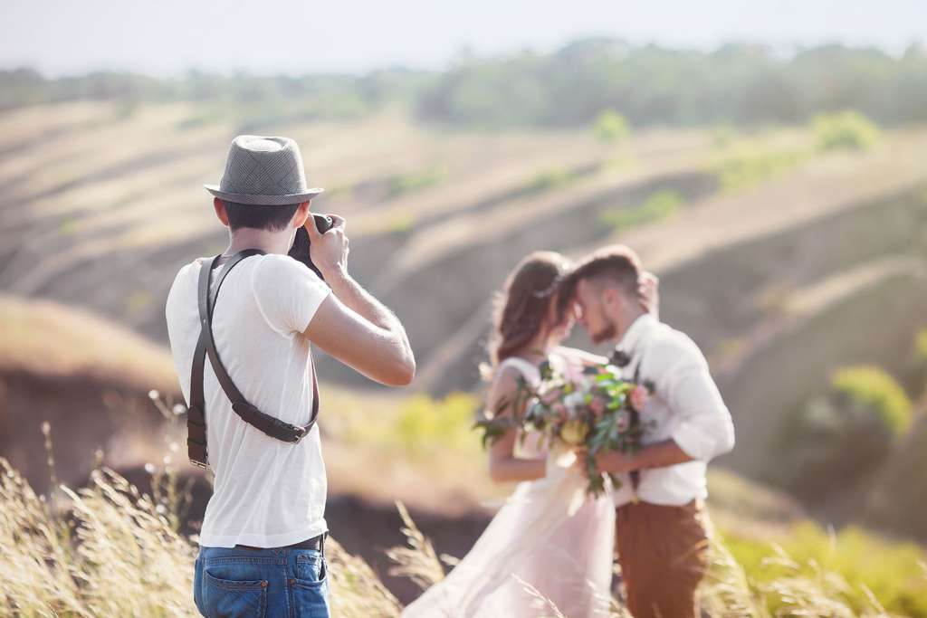 Pay Attention at Wedding photoshoot