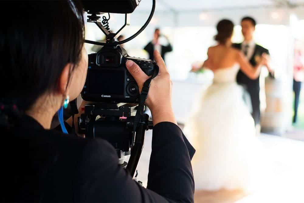 spontaneity factor for Wedding photography