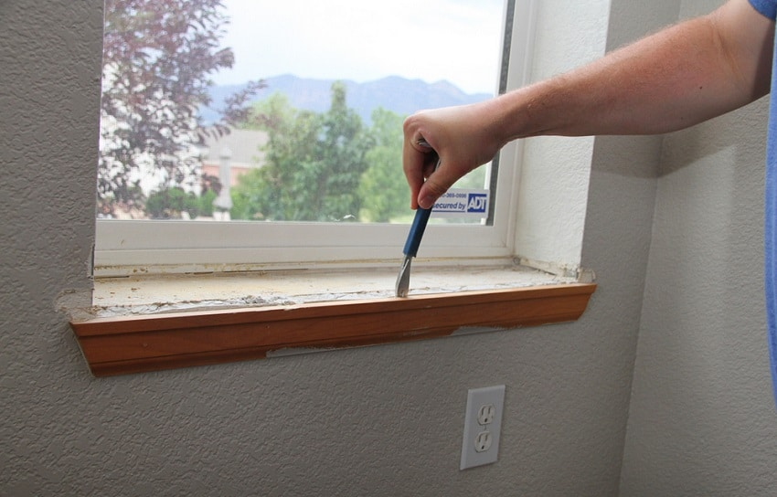 Paint the new sill