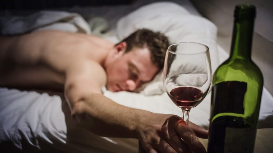 alcohol activity while sleeping