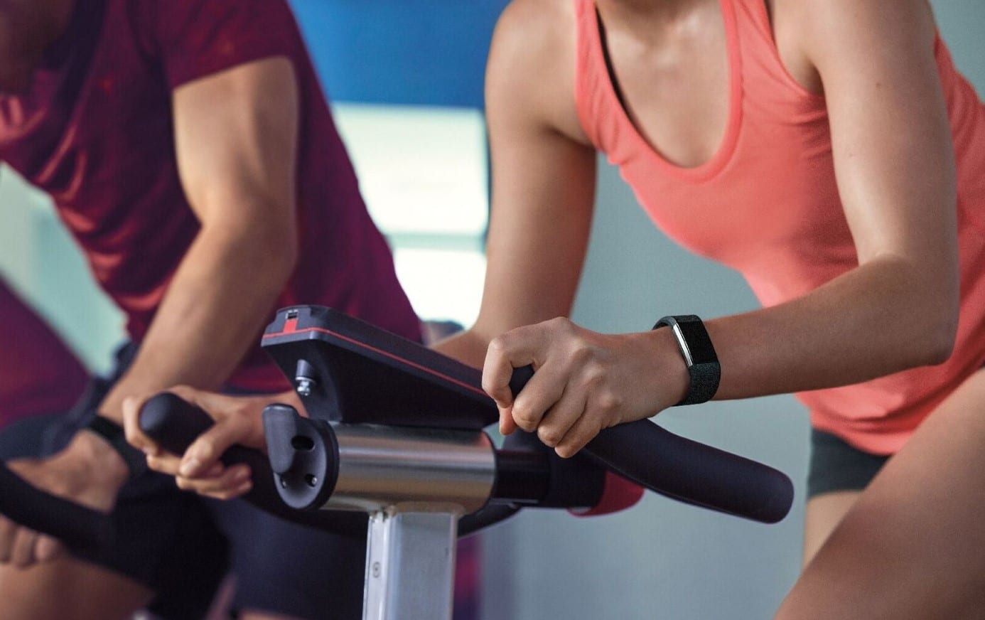 fitbit and apple Fitness Tracking Features
