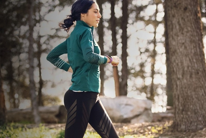 fitbit charge Health & Sports Features