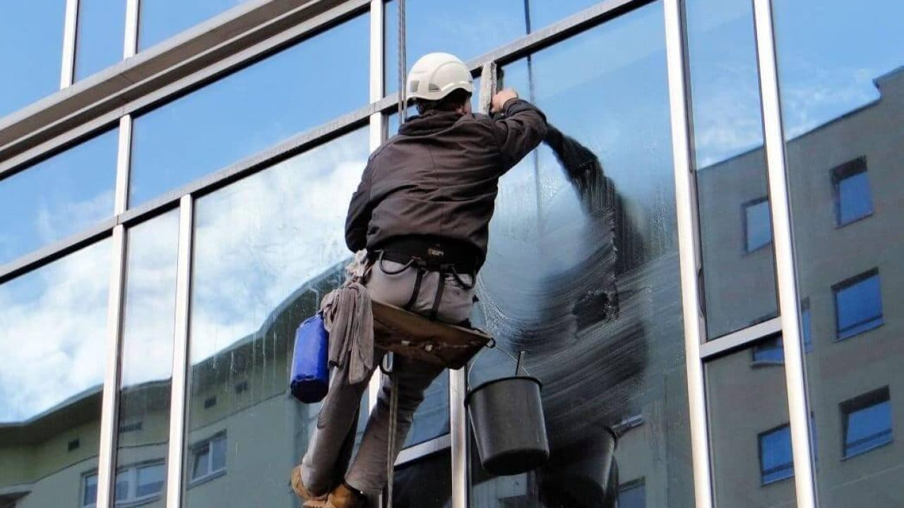 window washer Wages per Industry per Hour