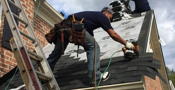 Must-Have Roofing Tools for DIYers